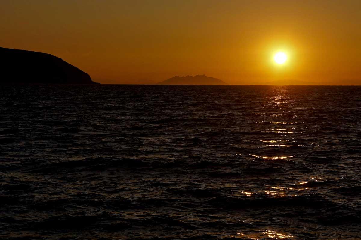 L'isola di Montecristo in barca a vela